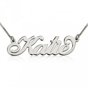 Carrie Bradshaw, Silver Name Necklace